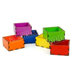 Набор цветных коробочек