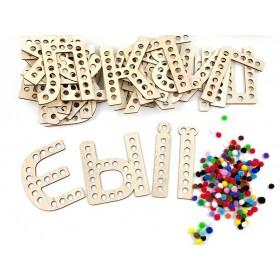 Буквы с помпонами